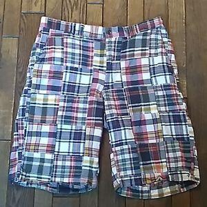 American Living Mens Plaid Shorts. Sz 32